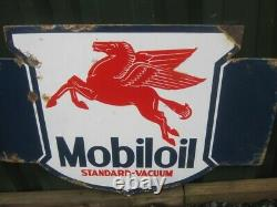 Old Vintage Antique Enamel Sign Garage Gas Petrol Oil Jug Globe Pump Mobiloil