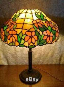 Signed Bradley & Hubbard old leaded glass lamp Handel Tiffany arts crafts era